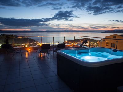 Photo for Penthouse with private pool and jacuzzi on the roof