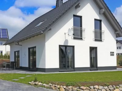 Photo for Cosy, detached holiday home in Winterberg with fireplace and garden