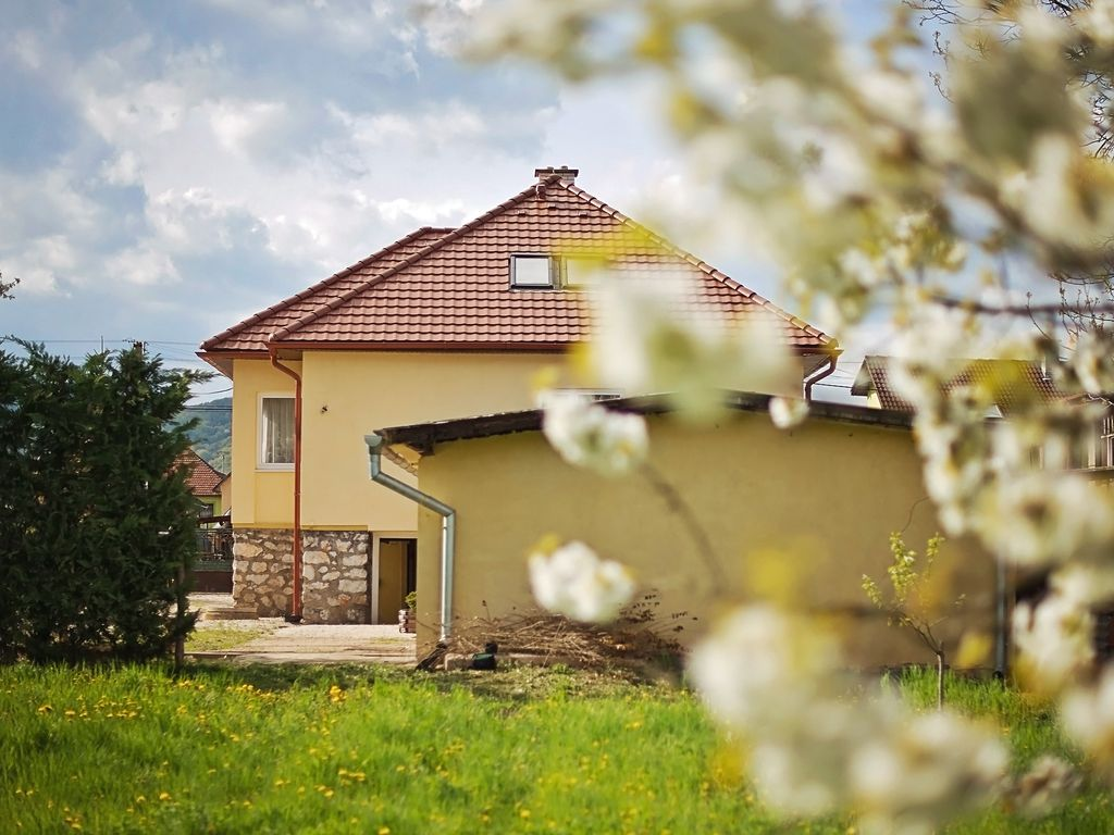 Slovakia; space, tranquility and plenty of opportunities! Be welcome in Strawberry House!  Photo 1