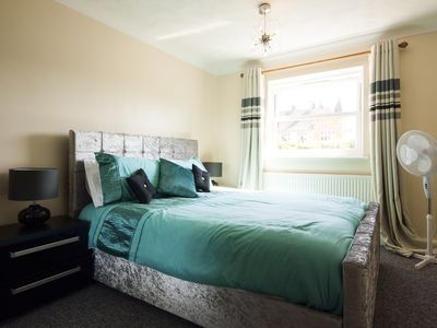 Photo for 3BR Cottage Vacation Rental in Southend on Sea
