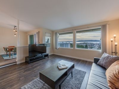Photo for Private Townhome w/ water view near Seatac Airport