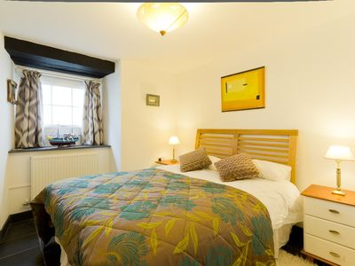 Photo for Luxury fisherman's cottage by the sandy beach in Looe, Cornwall includes parking