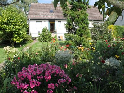 Photo for Cozy Apartment in Walkendorf with Garden