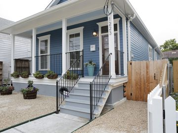 Modern 3BR in authentic New Orleans neighborhood just 5-min to the Quarter