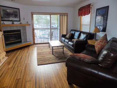 Photo for Wonderful views to mountains.   2 BR/Bath Suites, pool, hot tubs. Lovely condo!