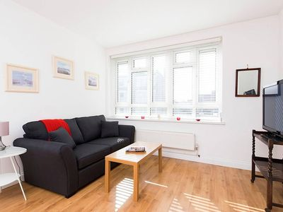Photo for Spacious 1BR in Desirable Islington