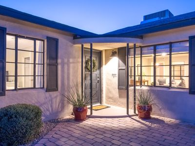 Photo for NEW! Gorgeous large remodeled home in Central Phoenix Historic District