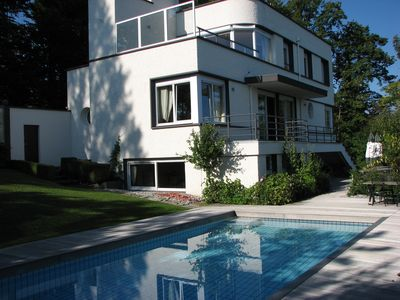 Photo for Spacious luxury holiday villa for rent on the largest lake in Europe