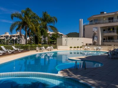 Photo for Apartment with pool for 5 people, 2 air conditioners