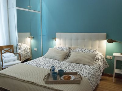 Photo for Lovely apartment in the heart of Sevilla