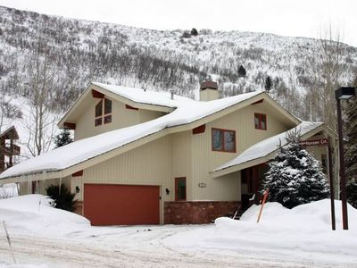 Beautiful Private Home located 1/2 mile from the base of Deer Valley Resort!