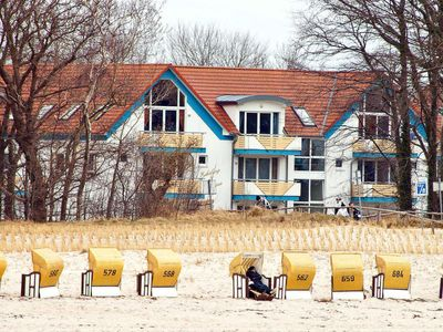 Photo for Comfortable 2-room apartment right on the Baltic Sea beach of Zingst.