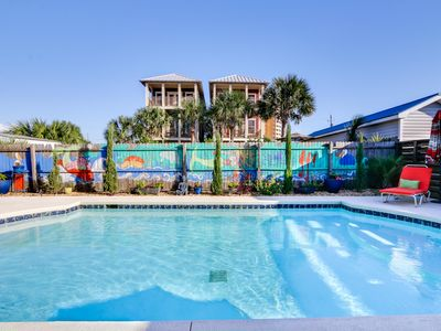 Photo for Luxury 6bd.4ba.Home/Huge Heated Pool/25yds to Gulf/Pet Friendly/Privacy Fence