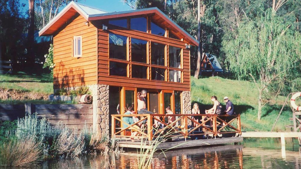 Fawlty farm in taylor bay with 3 free experiences ansons for Taylor fish farm