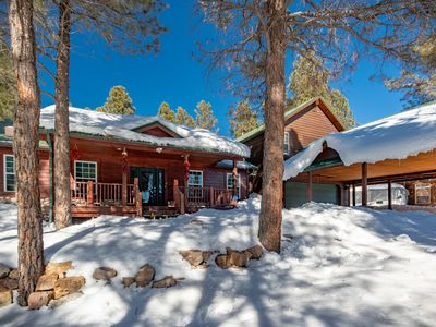 Photo for Lake Forest Lodge Retreat over 3000 Sq Ft., Perfect for Large Families & Groups