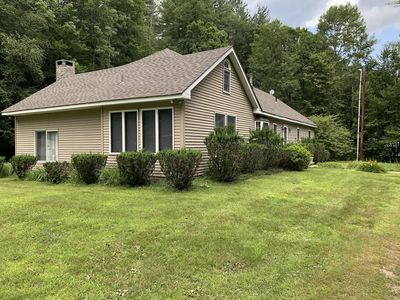 Photo for Large house that sleeps 14, located near Skiing, Golf and much much more.