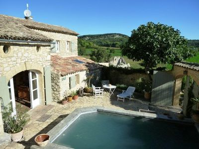 Photo for Beautiful stone village house (19 ° C) in a hamlet 15 'from Uzès