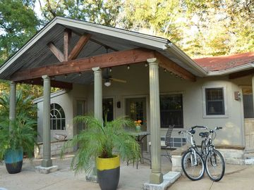 Waco Vacation Rentals Cottage In Cameron Park