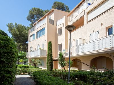 Photo for Apartment San Estello in Hyères - 2 persons, 1 bedrooms