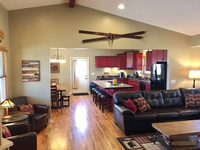 Photo for Gorgeous Newer Lemon Lodge 1/2 Mile From Crystal Mtn. Resort with Central A/C!