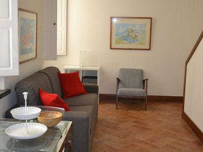 Photo for Bright one bedroom apartment in the heart of Florence
