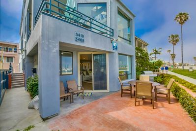 Bayside Breeze - outdoor private patio
