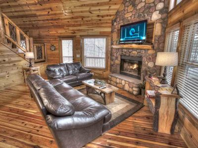 Deer Crossing- Super Plush -Now Sleeps 7 w Entertainment Room