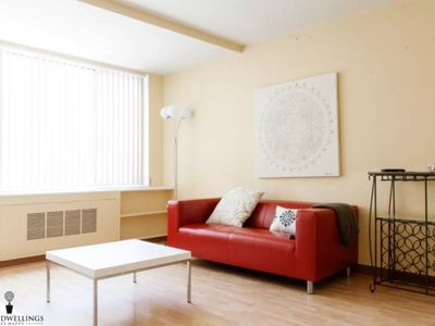 Photo for Cozy 1BR Rosslyn Apt with a View