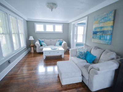 Photo for Downtown Kutzky Park 4br/2ba Home, Sleeps 7, Must See