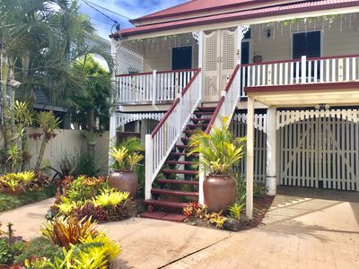 Photo for 4BR Cottage Vacation Rental in Bulimba, QLD