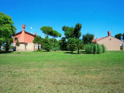Photo for Apartment Tenuta Ca' del Pioppo (CLL111) in Cavallino - 6 persons, 2 bedrooms