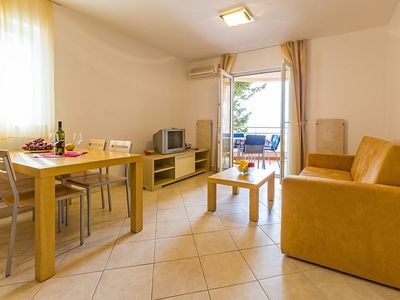 Photo for Apartment in the center of Selce with Parking, Washing machine, Air conditioning, Balcony (121447)