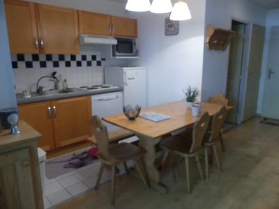 Photo for Nice apartment in a quiet and wooded 3 * residence at the foot of the mountains