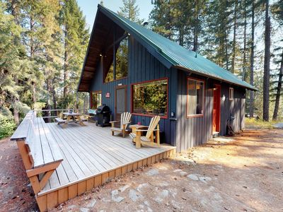 Photo for NEW LISTING! Dog-friendly cabin w/deck, wood stove, near Lake Wenatchee
