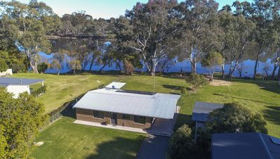 Photo for Nagambie/Goulburn Weir River House