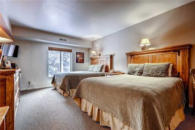 Two queen beds - Park City Lodging-Park Station 236-2-Master