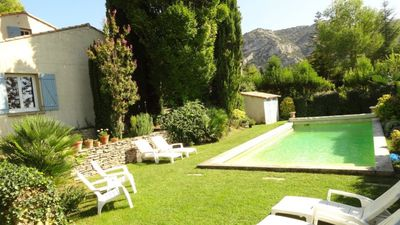 Photo for Near Isle-sur-la-Sorgue nice villa - private pool Free Wifi