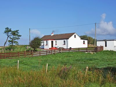 Photo for Traditional detached cottage on quiet cul-de-sac country road and enjoying fine southerly outl…