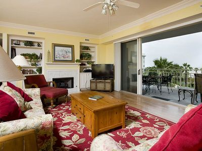 Photo for 2300 Seacrest | Oceanfront | Penthouse | Walk to Shops & Dining | North Forest Beach