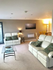 Photo for 3 bed sleeps 6. 5⭐️⭐️⭐️⭐️⭐️ reviews.  Mumble, Gower, Wales. Swansea town cent