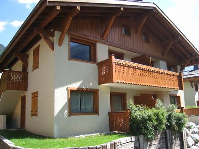 Photo for Duplex located 700 meters from the center of Chamonix with parking