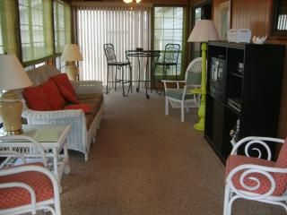 Sunroom entrance with TV/DVD, stereo and table for 2
