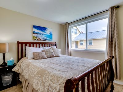 Photo for Conveniently located home w/ easy access to the beach & town - 1 dog welcome!