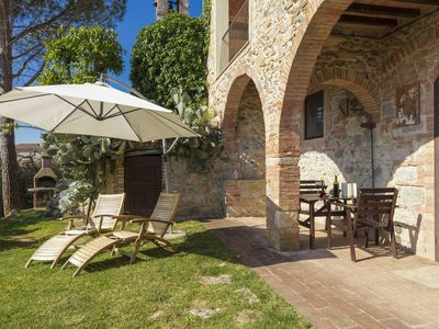 Photo for STUDIO SIMONA WITH PRIVATE GARDEN AND COMMON POOL