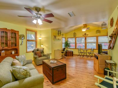 Photo for LOCATION! Historic District Tweaty's Retreat - Priv. parking, Fenced, Pet friendly, Free Attractions