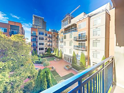 Photo for Belltown 2BR w/ Fantastic Amenities - Courtyard & Pool