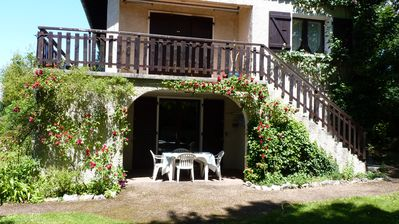 Photo for In Aix les Bains in peace, in a house, independent T2 of 45m2, parking, LL, wifie