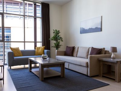 Photo for Beautiful 2 bedroom apartment in Dubai Wharf!