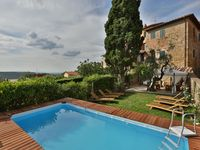 Very comfortable historic villa tastefully renovated with a modern kitchen and bath.