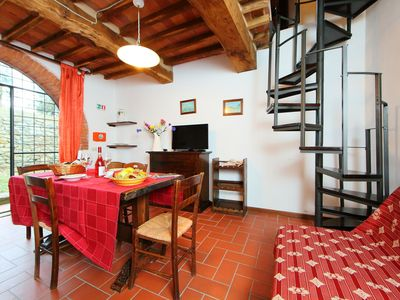 Photo for Lovely apartment for 4 guests with pool, TV, balcony, pets allowed and parking